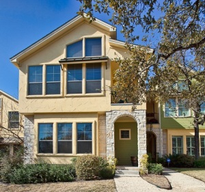 710 Meriden A Front House, Martha Small Homes, Real Estate Austin Martha Small